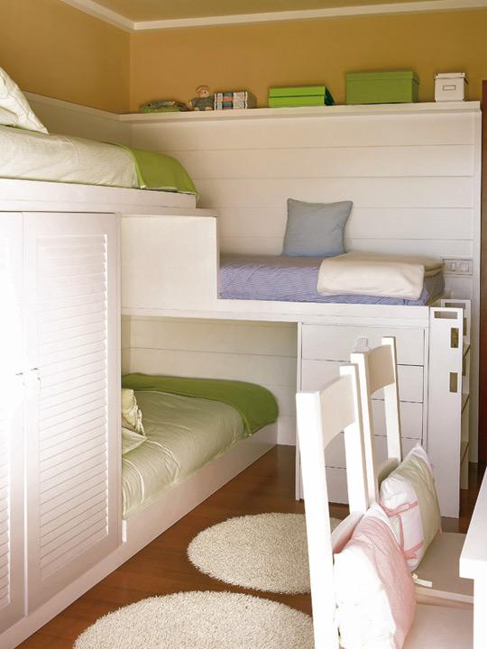 трех ярусная кровать