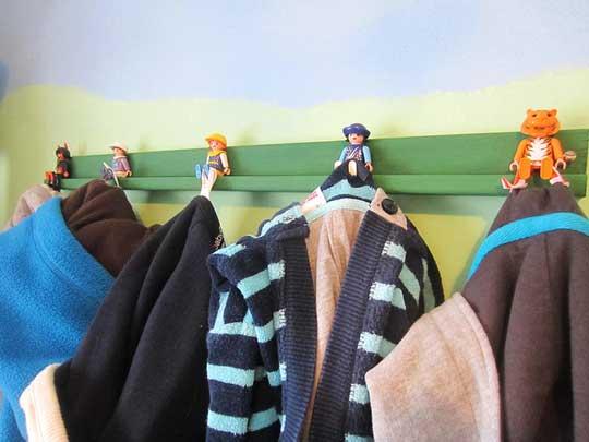 вешалка для детской комнаты