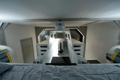 детская комната с космическим кораблем