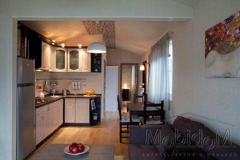 мобильный дом - столовая и гостинная
