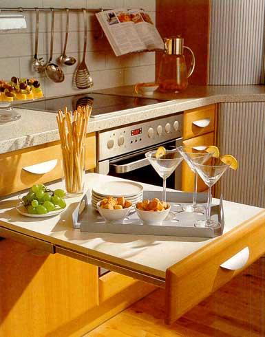маленькая кухня выдвижная столешница