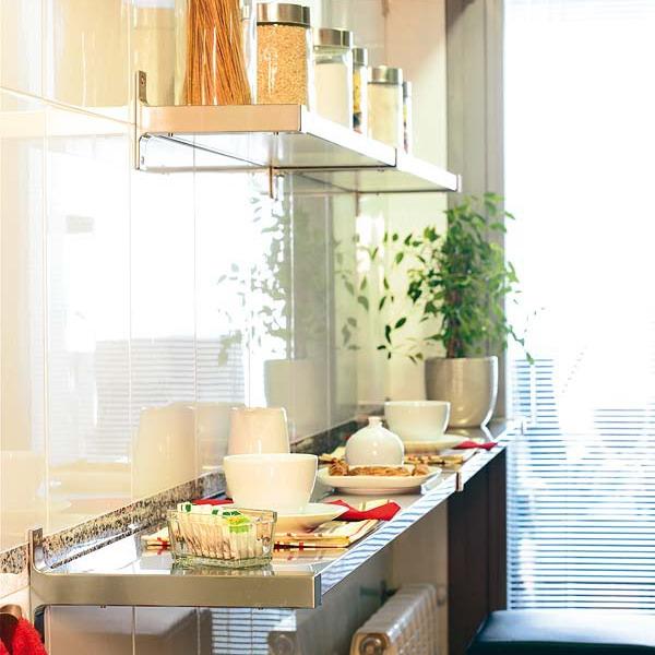 маленькая кухня стол