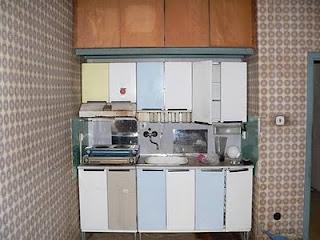 маленькая квартира кухня