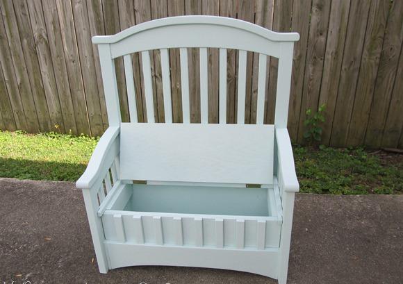 Скамейка из детской кроватки