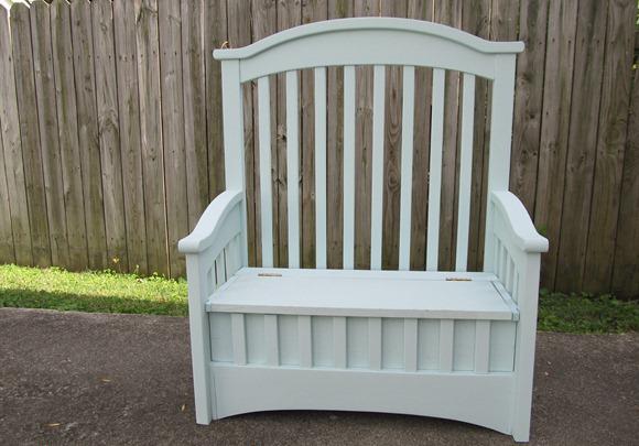 самодельная скамейка из кроватки