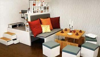 диван в маленькую комнату