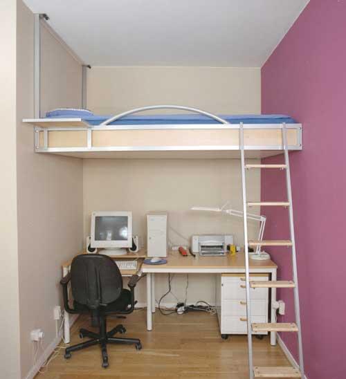 кровать для маленькой комнаты