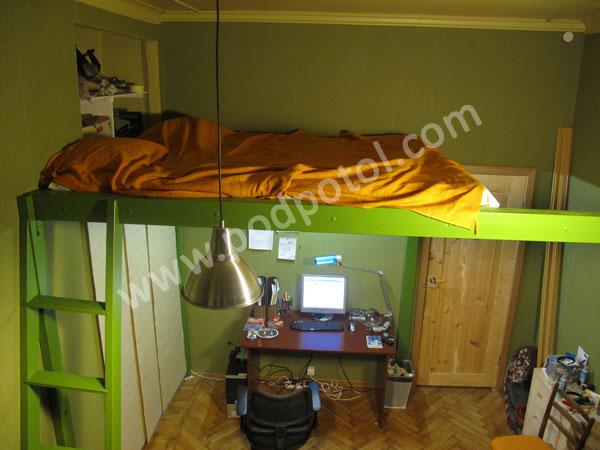 Двухъярусная кровать для школьника